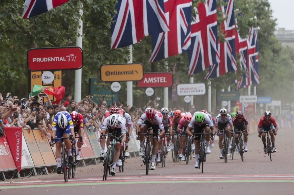 ia Viviani (ITA) of Team Deceuninck-Quick-Step sprints to the finish line to win the Prudential RideLondon Classic ahead of Sam Bennett (IRL) of Team Bora-Honsgrohe.