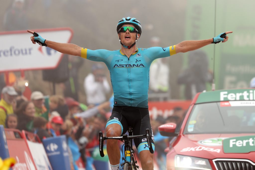 Jakob FUGLSANG  (DEN) celebrates the stage win